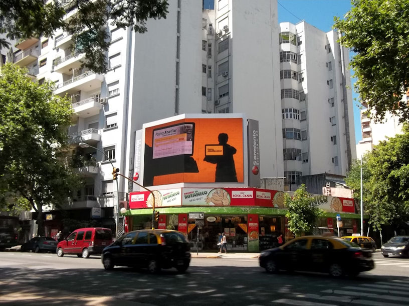 Digital OOH